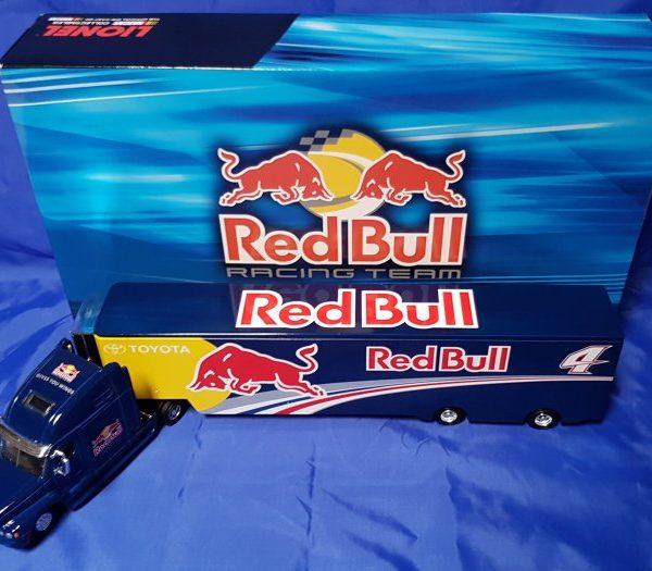 HX41867RBKK –  2011 Kasey Kahne #4 Red Bull Racing 1:64th NASCAR Hauler