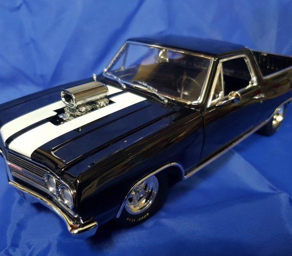 A1805409 – 1965 Drag Outlaws Chevrolet 1:18th El Camino Gloss Black w/ White Stripes