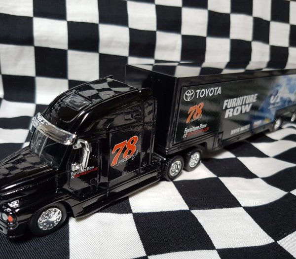C78-15533 – 2018 Martin Truex Jr #78 Bass Pro Shops / Furniture Row 1:64th NASCAR Hauler