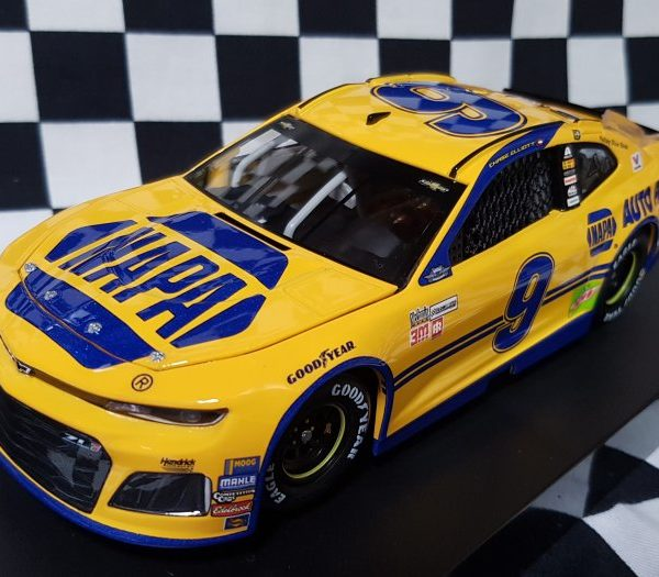 CX91823NRCL – 2018 Chase Elliott 1:24th NAPA Darlington Throwback Chevrolet Camaro