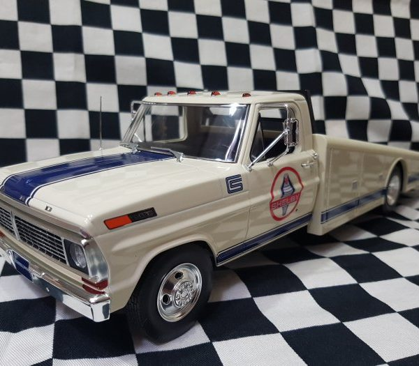A1801404 – 1970 Shelby Ford F-350 1:18th Ramp Truck