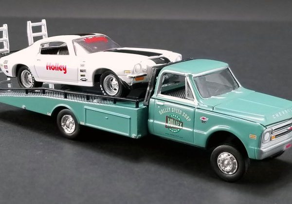 GL51247 – Holley Performance 1:64th 1967 Chevrolet Ramp Truck W/- 1971 Chevrolet Camaro